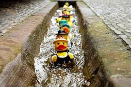 rubber-duck-1401225__180
