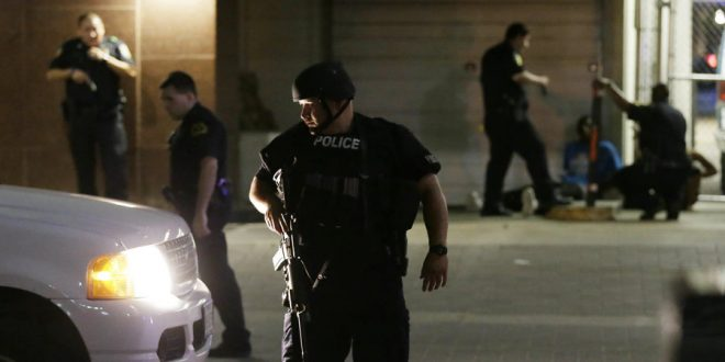 Dallas-shooting-Snipers-kill-five-police-officers-660x330.jpg